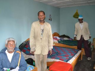 gentlemen-in-elders-leprosy-home.jpg